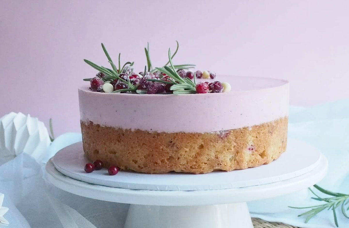 puolukkapiirakka-kakku